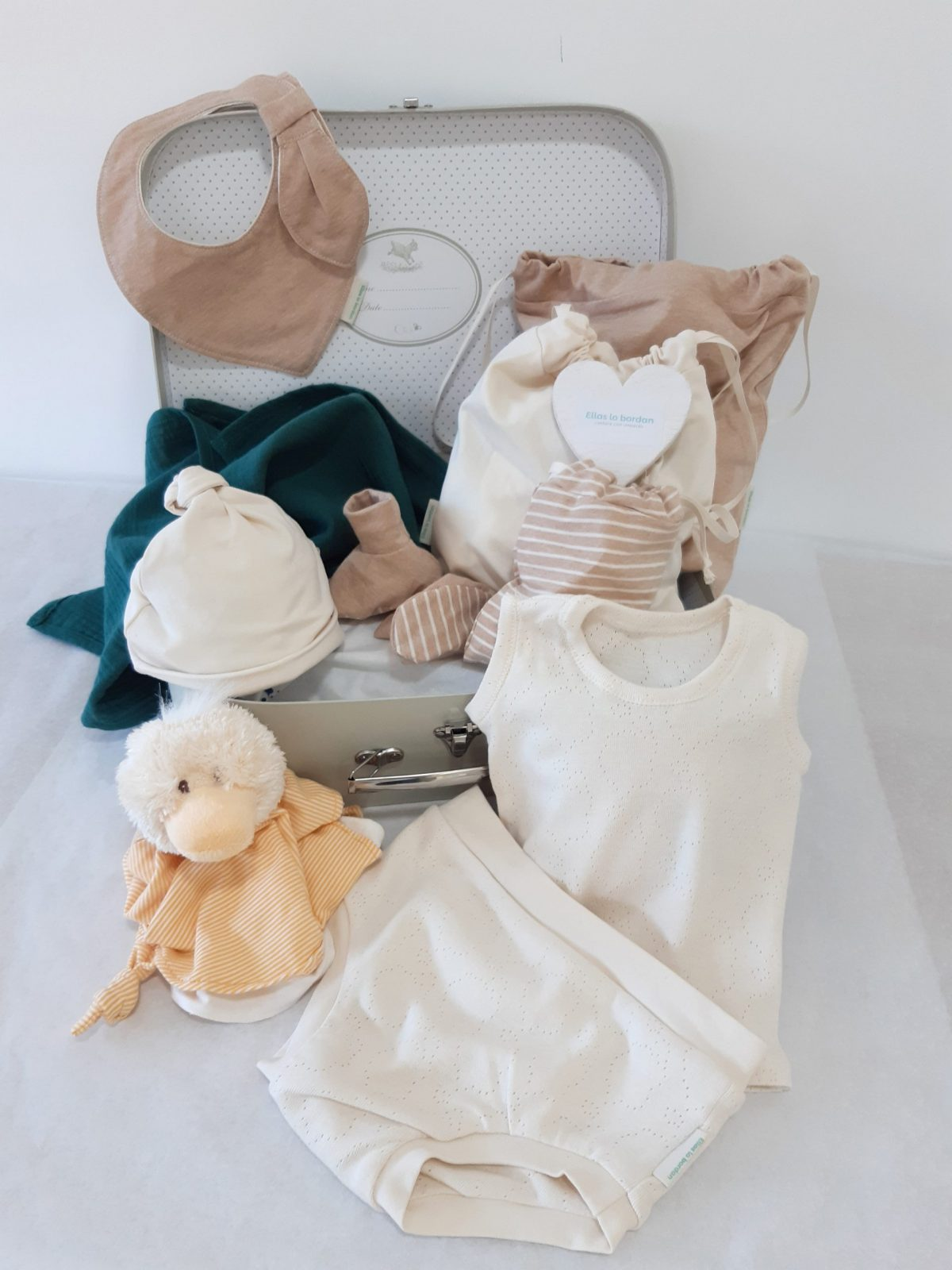 kit baby camiseta y cubre pañales